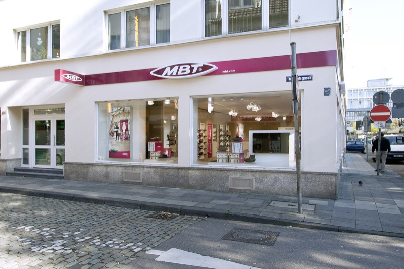 MBT Physiological Footwear Koeln 06